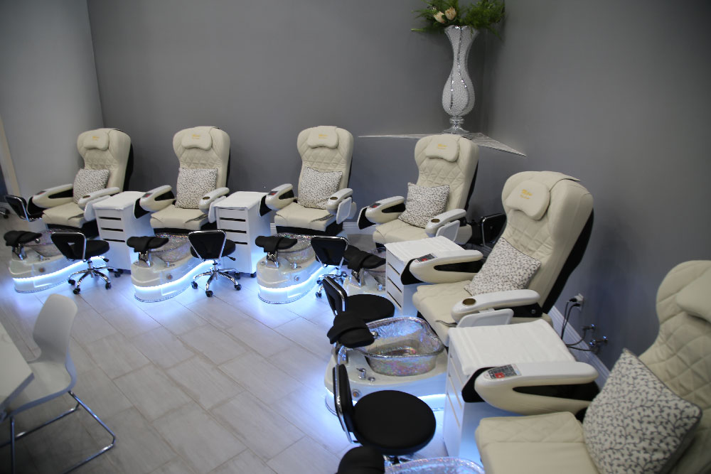 pedicure-chairs